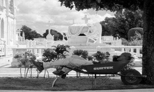Zdjęcie KUBA / Havana / The Necropolis Cristóbal Colón  / Miejmy nadzieje,ze to nie sen wieczny... :-)