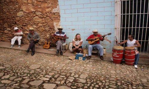 Zdjecie KUBA / - / Trinidad / Kubańskie rytmy