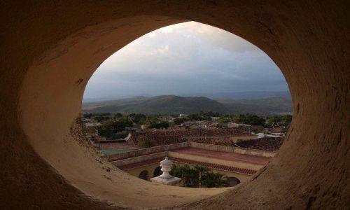 Zdjęcie KUBA / - / Trinidad / Widoczek