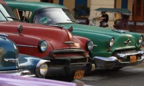 Zdjecie KUBA / Hawana / ulica / Kubańskie ulice...