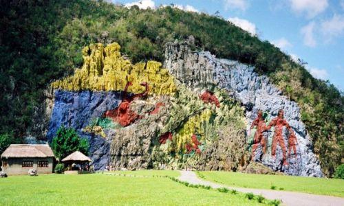 Zdjęcie KUBA / Pinar del Rio / Dolina Vinales / Skalne malowidło