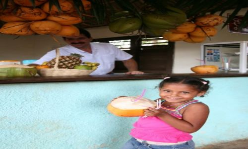 KUBA / Sancti Spiritus / Trynidad de Cuba / Aby ugasić pragnienie...