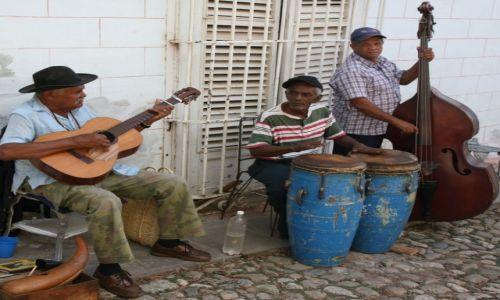 Zdjęcie KUBA / Sancti Spiritus / Trynidad de Cuba / Grupo Caliente