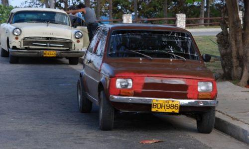 Zdjęcie KUBA / Varadero / gdzieś na ulicy / Samochody