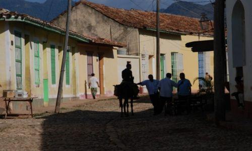 KUBA / środkowa Kuba / Trinidad / Leniwe popołudnie