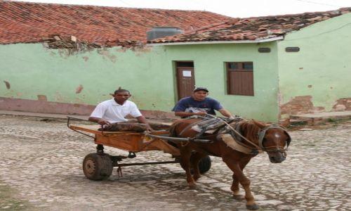 Zdjęcie KUBA / Sancti Spiritus / Trynidad de Cuba / Konne taxi
