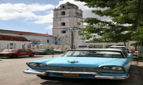 Zdjęcie KUBA / Cienfuegos / po drodze / Oldtimer