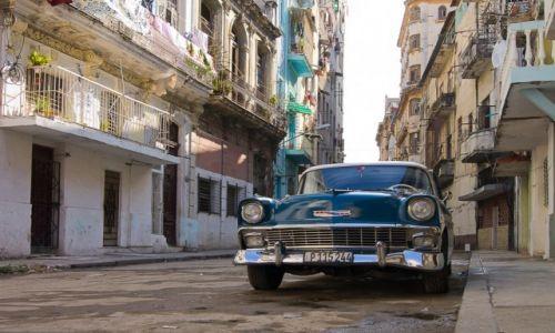 Zdjecie KUBA / Havana / Havana / Uliczka w Centro