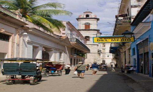 Zdjęcie KUBA / Havana / Uliczka i bar, w którym pijał Hemingway (z Fidelem :-)) / Na mojito za 5 CUC