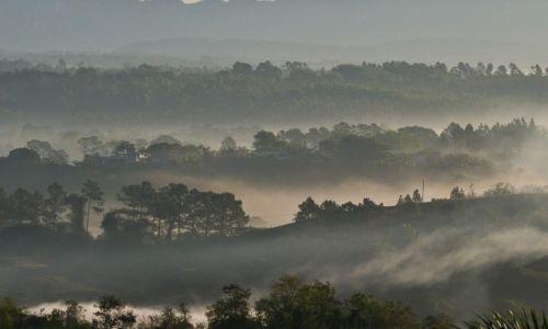 Zdjęcie KUBA / prowincja Pinal del Rio / dolina Vinales / Nowy dzień wstaje