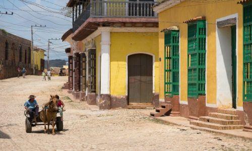 Zdjęcie KUBA / / / Trynidad / Krata w oknie też może być ciekawa