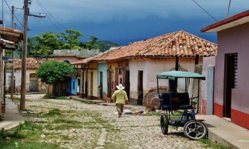 Zdjęcie KUBA / - / Trinidad / Uliczki Trinidadu
