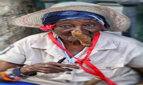 Zdjecie KUBA / Havana / Havana / Kubanka