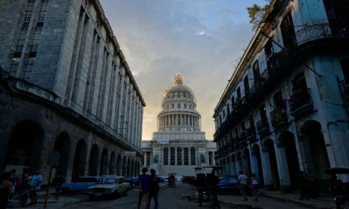 Zdjecie KUBA / Havana / Havana  / Capitoilo