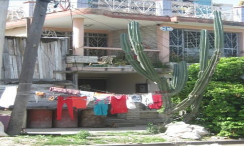 Zdjecie KUBA / Prowincja Santiago de Cuba (Oriente) / Miasto Santiago de Cuba / Pragmatyzm po k