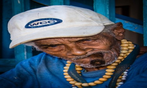 Zdjecie KUBA / trynidad / trynidad / You talking to me...???