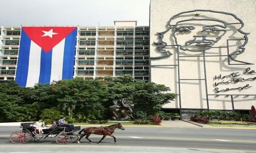 Zdjęcie KUBA / Hawana / Plac Rewolucji / Powrót do przeszłości