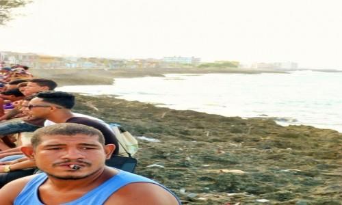 Zdjecie KUBA / Baracoa / promenada / Cygaro