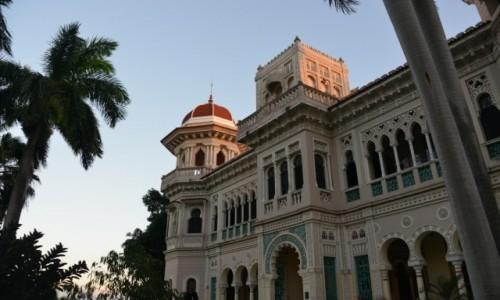 Zdjecie KUBA / Cienfuegos / Palacio de Valle / Pałac na Kubie