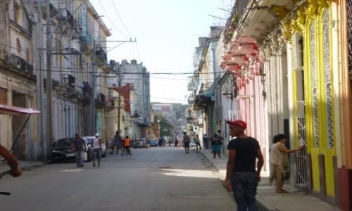 Zdjecie KUBA / Hawana / Hawana / Ulice Hawany