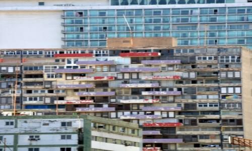 Zdjęcie KUBA / xxx / Hawana / Kolorowe balkony