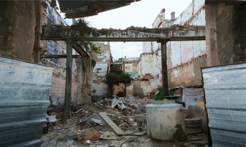 Zdjecie KUBA /  Hawana / Hawana Vieja  / Postępująca rewolucja