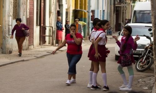 Zdjęcie KUBA / Hawana / Hawana / Życie na ulicach Hawany