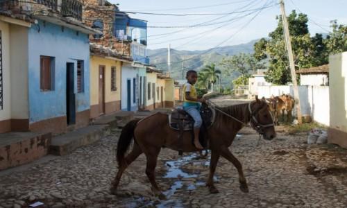 Zdjęcie KUBA / Sancti Spiritus / Trinidad / Nauka jazdy konnej