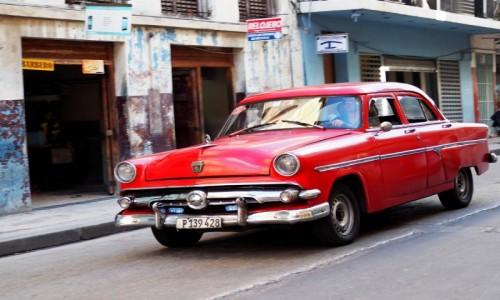 Zdjecie KUBA / płn. Kuba / Hawana / Na ulicach Hawany