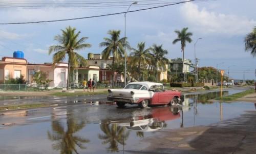 Zdjecie KUBA / - / Cienfuegos / po burzy