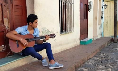 Zdjecie KUBA / środkowa Kuba / Sancti Spiritus / Na progu