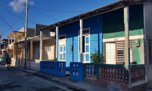 Zdjecie KUBA / wschodni kraniec wyspy / Baracoa / Kolory Baracoa