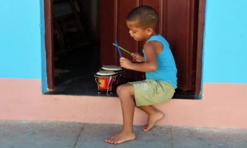 Zdjecie KUBA / Sancti Spíritus / Trynidad / Muzykują od najmłodszych lat