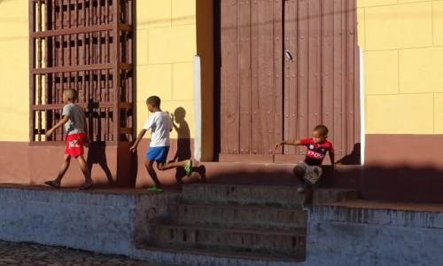 Zdjęcie KUBA / Sancti Spiritus / Trinidad / W co się bawić?