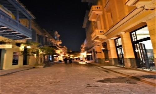 Zdjecie KUBA / Stolica / La Habana / La Habana nocą