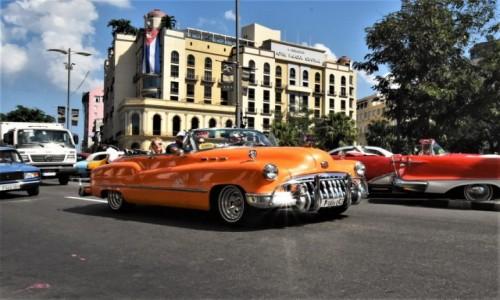 KUBA / Stolica / La Habana / La Habana kubańskie auta