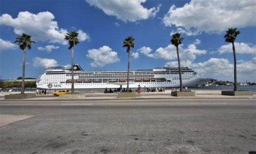 KUBA / Stolica / La Habana / La Habana zatoka