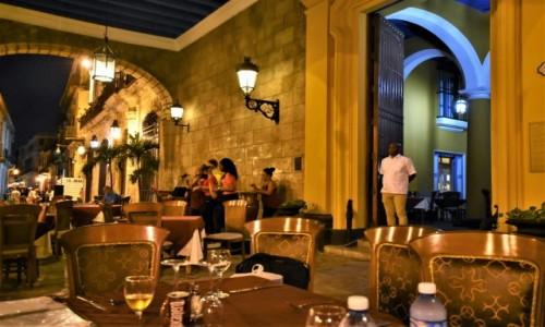 Zdjecie KUBA / Stolica / La Habana / La Habana restauracja dla turystów