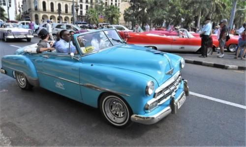 Zdjecie KUBA / Stolica / Hawana / Hawana, samochody