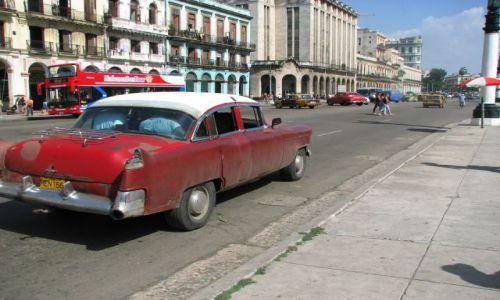 Zdjecie KUBA / Hawana / Kuba / ulice Hawany