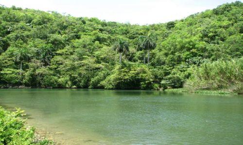 Zdjęcie KUBA / okolice Matanzas / Kuba / rzeką...