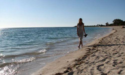 Zdjecie KUBA / Ancon / plaża / na plaży