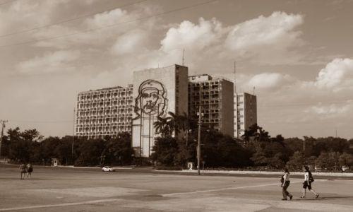 Zdjęcie KUBA / Habana / Plaza de la Revolucion / Che wiecznie żywy...