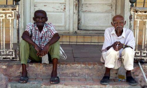 Zdjęcie KUBA / kuba / trinidad / starsi panowie dwaj...