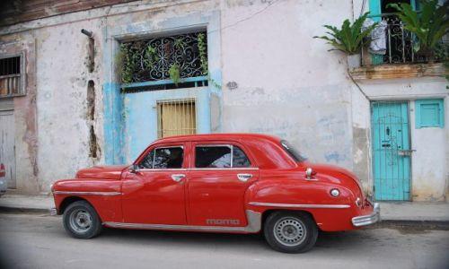 Zdjecie KUBA / Havana / Havana / samochodzik