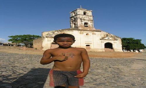 Zdjęcie KUBA / Sancti Spiritus / Trinidad / chłopiec