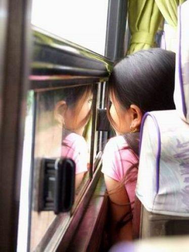 Zdjęcia: autobus, środkowy Laos, o czym marzy młoda laotanka?, LAOS