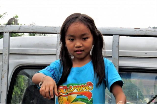 Zdjęcia: Luangprabang, Można bawić się na samochodzie, LAOS