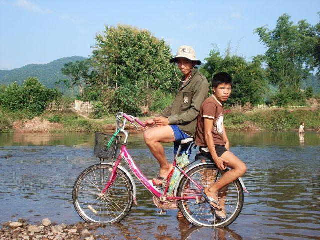 Zdjęcia: Luang Namtha, Na druga strone rzeki, LAOS