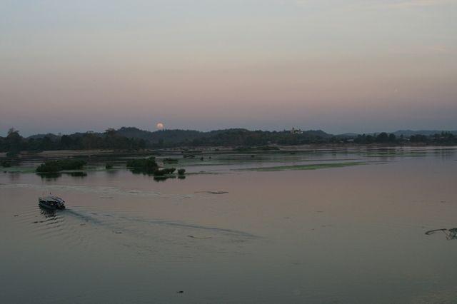 Zdj�cia: P�d. Laos, Si Pha Don3, LAOS